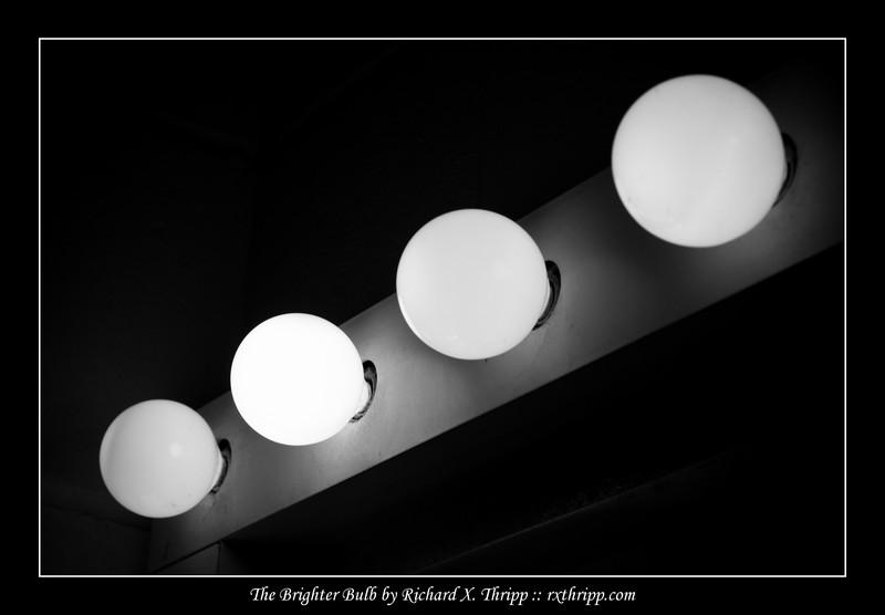 makeup lights light bulbs at the makeup room. Black Bedroom Furniture Sets. Home Design Ideas